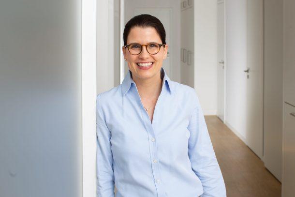 Dr. Anika Mackenbrock